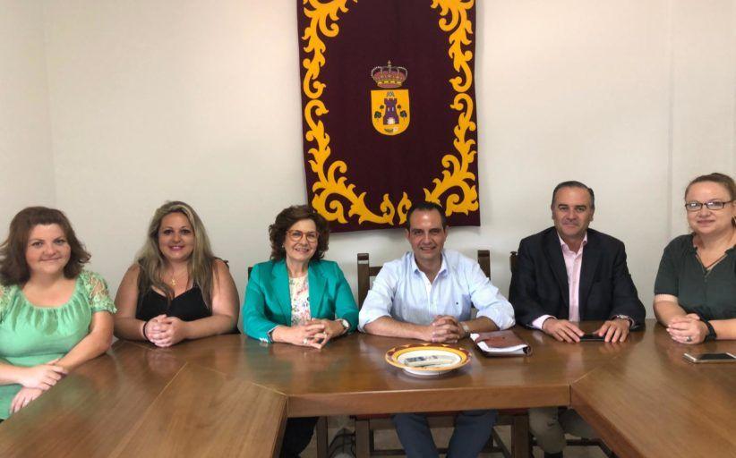 Gregorio destaca el compromiso del PP en la lucha contra la despoblación, que es crucial en comarcas como La Jara