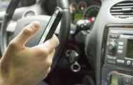 El móvil al volante distrae al 56% de los conductores españoles