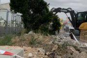 Corrales denuncia el arranque innecesario de especies vegetales durante unos trabajos de acerado en el Polígono Industrial