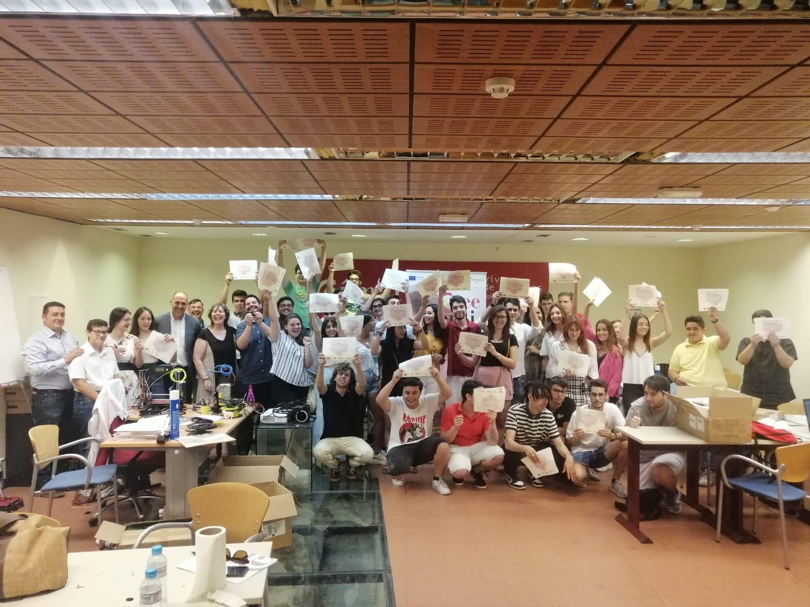 """45 jóvenes de la localidad de Talavera de la Reina finalizan su formación PICE de """"Impresión en 3D"""""""