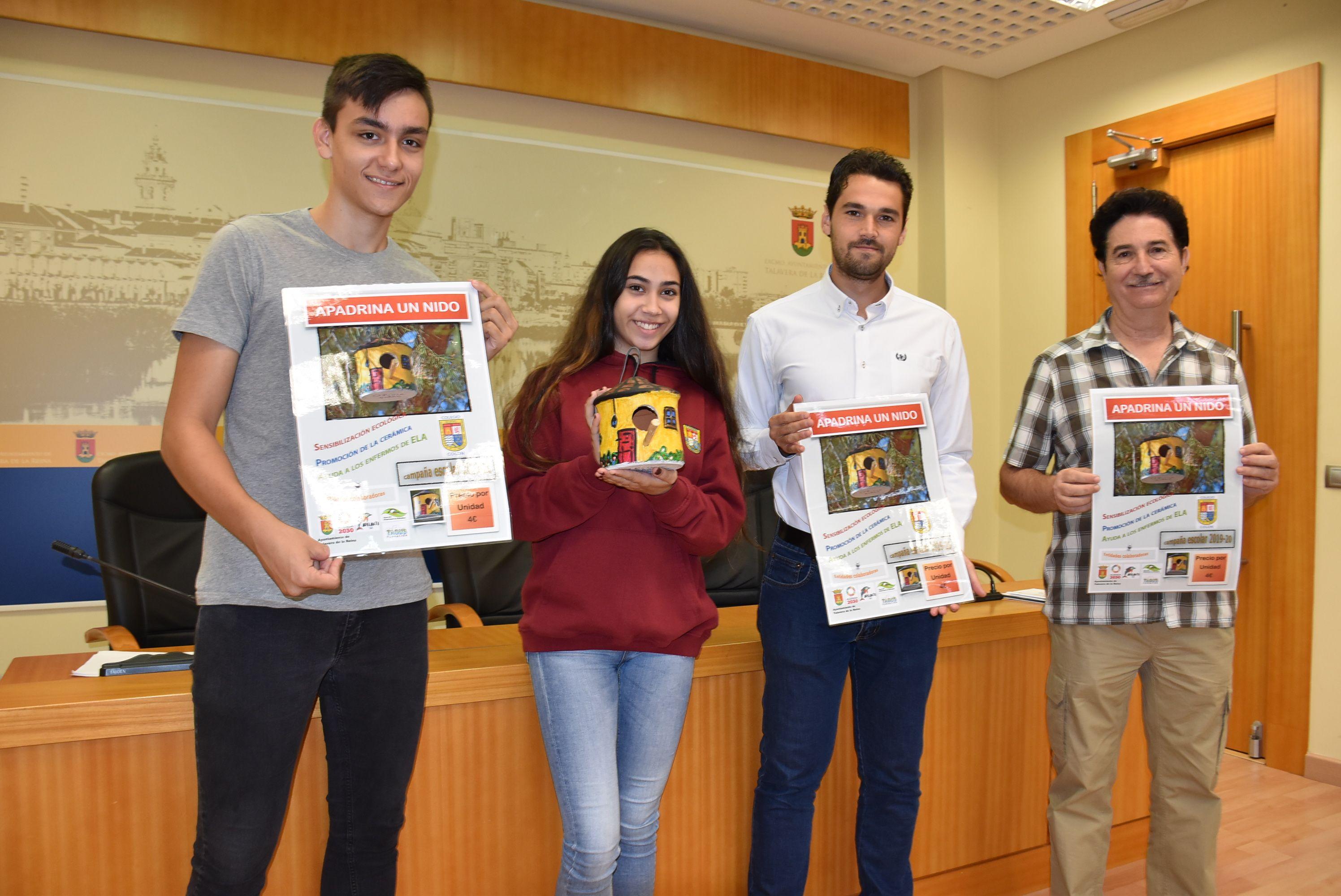 El Consistorio apoya la campaña 'Apadrina un nido' y su doble finalidad medioambiental y de control de plagas y de solidaridad con la Asociación AdELAnte