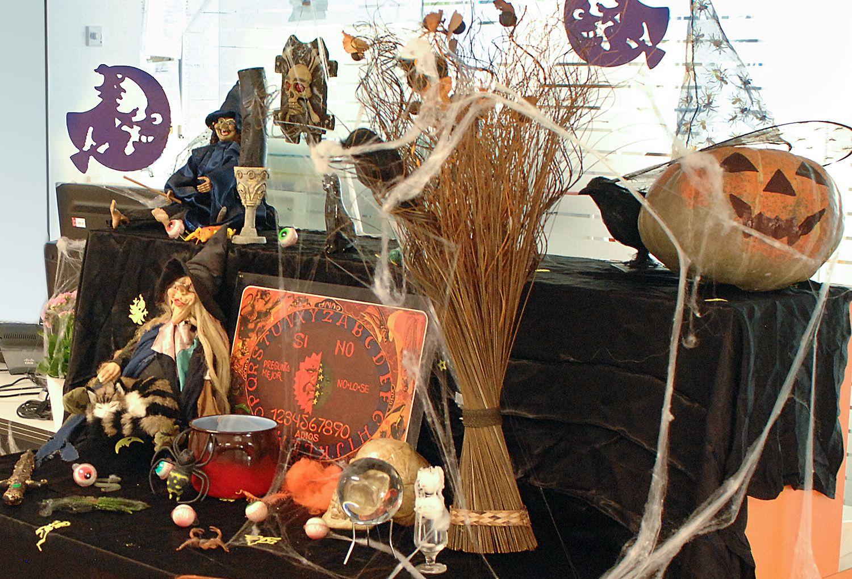 La Consejería de Desarrollo Sostenible ofrece recomendaciones a la hora de adquirir artículos en la celebración de Halloween