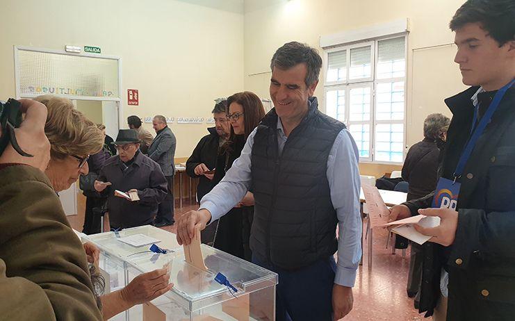 """Antonio Román apela al """"desbloqueo institucional"""" en el Gobierno de España confiando en el cambio para conseguir estabilidad"""