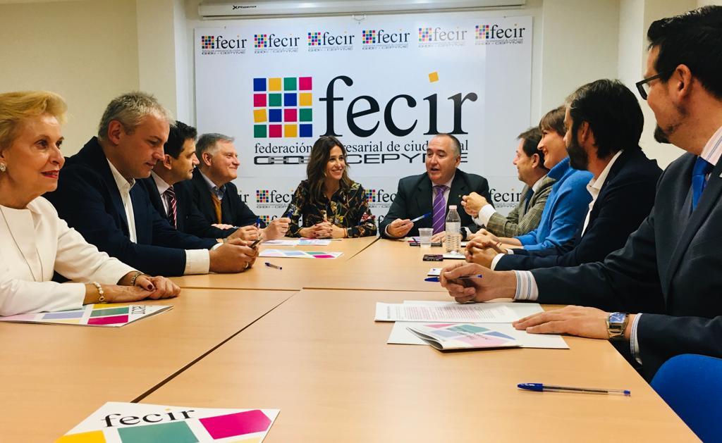 """Cañizares afirma que España necesita """"un Gobierno estable que haga los deberes"""" para que la provincia pueda tener las infraestructuras que tanto necesita"""