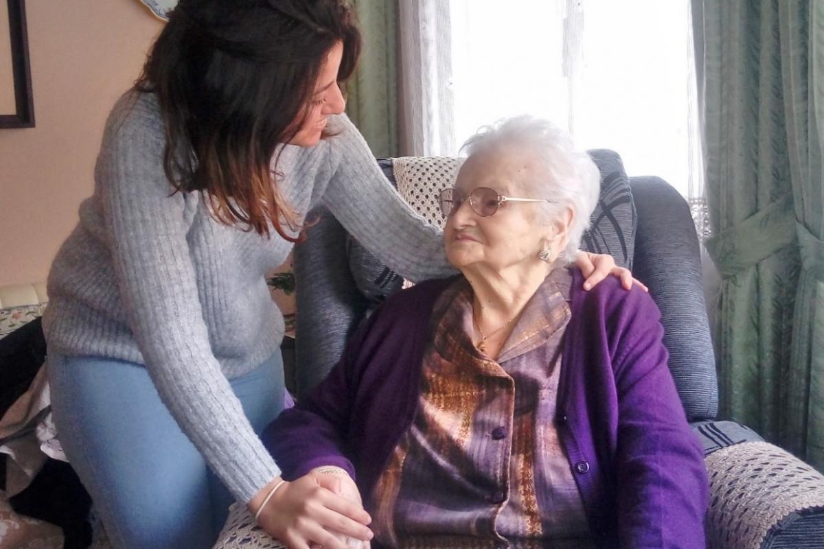 Más de 3.000 personas reciben en la provincia de Toledo la 'Prestación Económica para Cuidados en el Entorno Familiar' de personas en situación de dependencia
