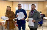 El Partido Popular recoge más de 300 alegaciones de los vecinos de Alcázar contra la subida de impuestos del Ayuntamiento