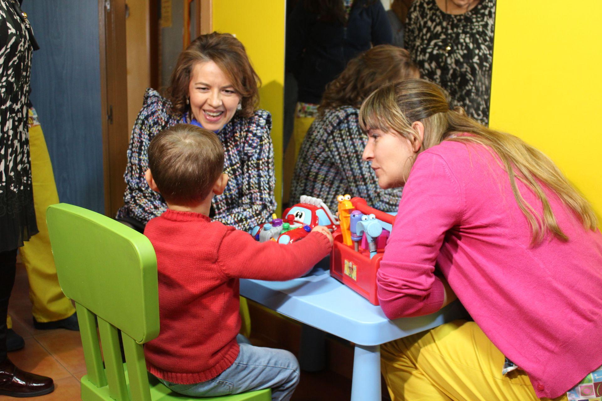 El Gobierno de Castilla-La Mancha pionero en reducir a la mitad el tiempo de valoración de la Dependencia en la Infancia