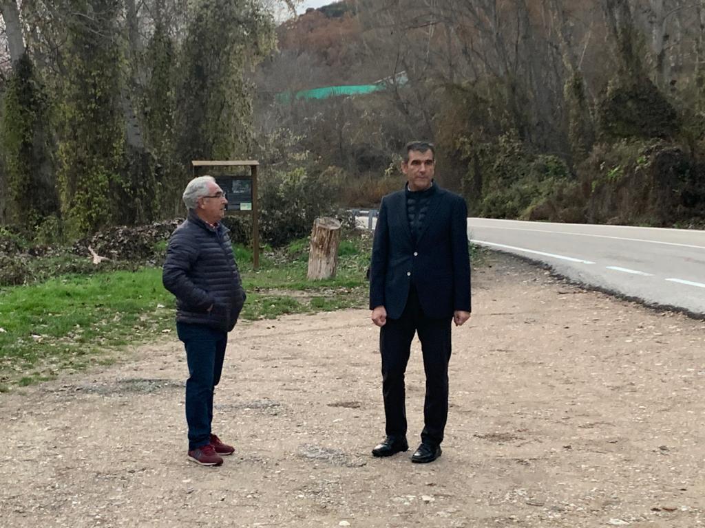 Román se interesa en el Senado por la eliminación de la parada del autobús en Cívica