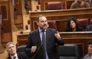 Ábalos se enroca mientras la oposición clama por su dimisión