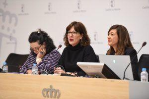 El Gobierno de Castilla-La Mancha multiplica por cinco la inversión en investigación feminista para que la sociedad tome conciencia de la discriminación que afecta a las mujeres y combatirla
