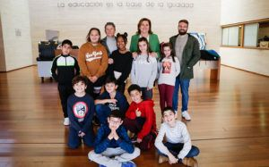 Alumnas y alumnos del colegio 'Fábrica de Armas' de Toledo conocen la Consejería de Educación, Cultura y Deportes