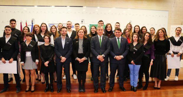 El Gobierno regional destaca que la colaboración entre las administraciones y las empresas privadas es fundamental para conseguir la empleabilidad de nuestros jóvenes