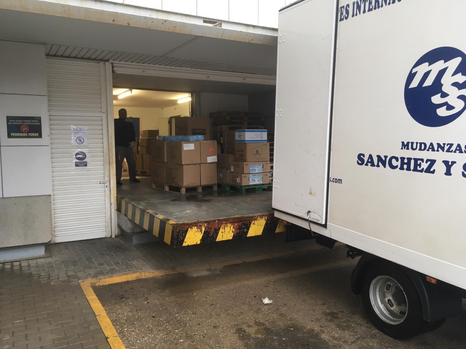 El Gobierno regional valora la importante contribución del reparto de nuevo material de protección para profesionales en las 4 Áreas Integradas de la provincia de Albacete y residencias