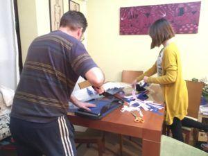 Más de 180 voluntarios elaboran diferentes tipos de viseras protectoras para el personal sanitario