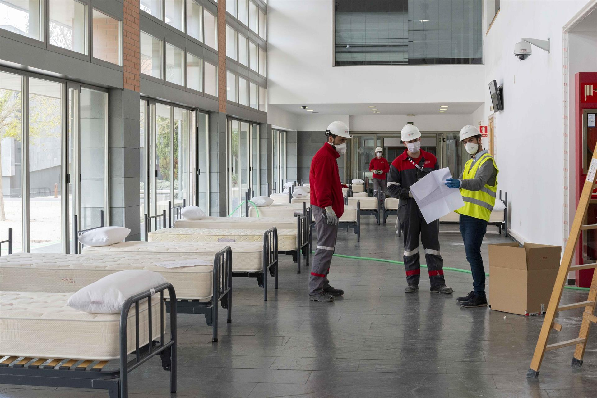 Arrancan las obras del hospital de campaña en Albacete cuyas instalaciones podrían estar esta semana