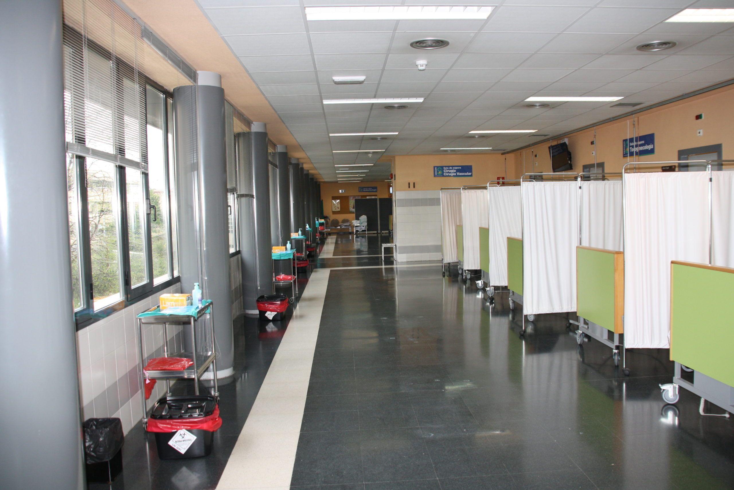 El Hospital Virgen de la Luz de Cuenca ha duplicado el número de unidades disponibles para los pacientes críticos por Covid-19