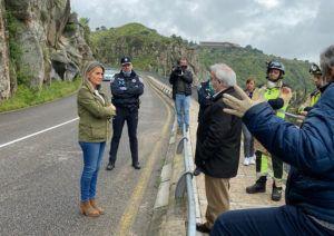 Cortada al tráfico por desprendimientos la carretera del Valle entre el viaducto del arroyo de la Degollada y el puente nuevo de Alcántara