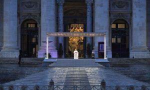 La crisis del coronavirus obliga a Francisco a celebrar la Semana Santa sin fieles