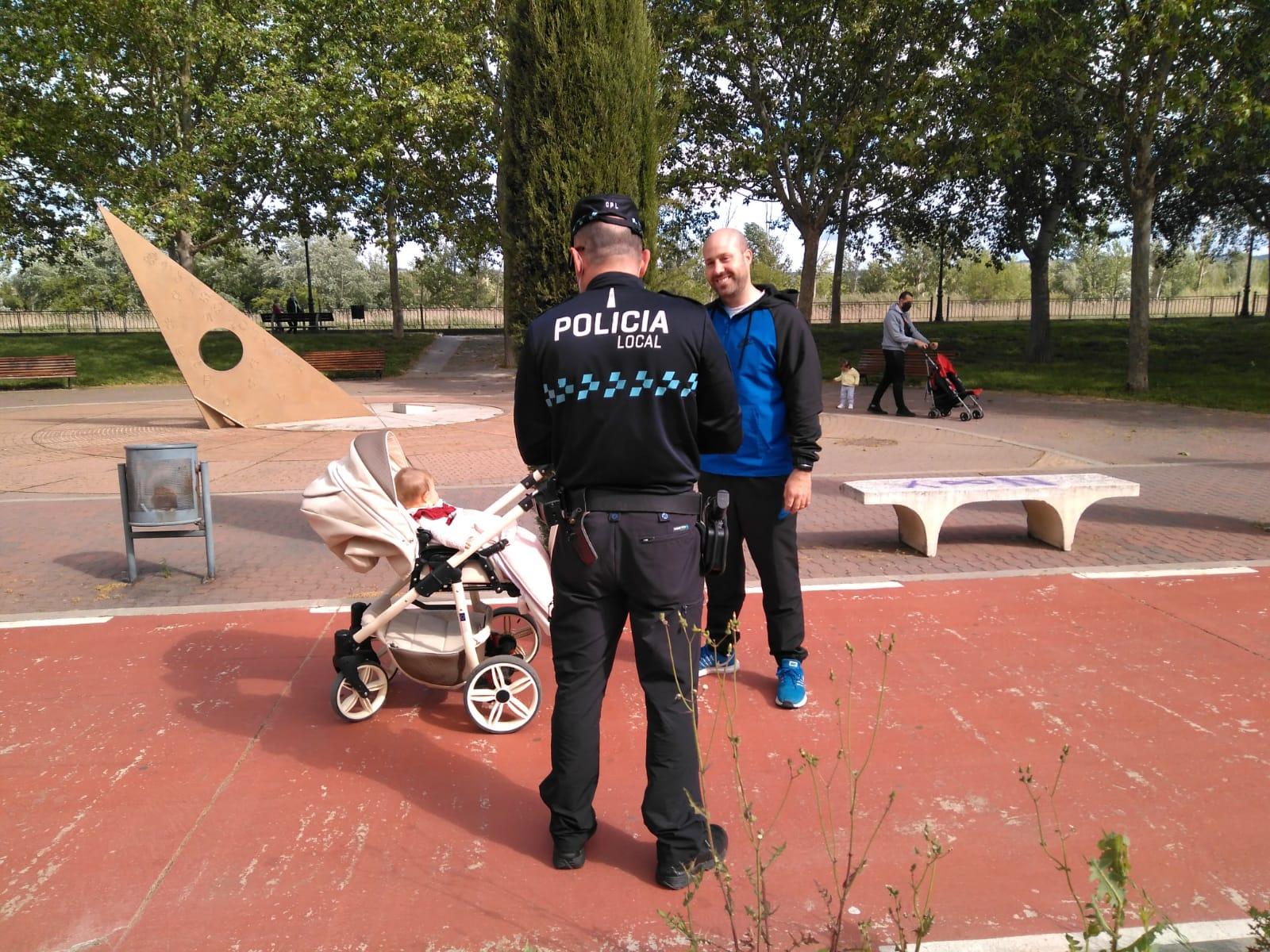 La Policía Local impone 33 denuncias, cerca de la mitad por no usar mascarilla y aumentan las sanciones por incumplir el horario nocturno