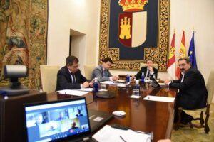 García-Page invita a participar en el Comité de la desescalada de la región a los expertos del Colegio Oficial de Veterinarios de Castilla-La Mancha