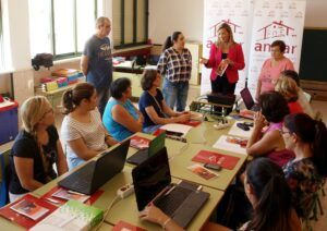130 mujeres rurales comienzan cinco cursos online organizados por AMFAR