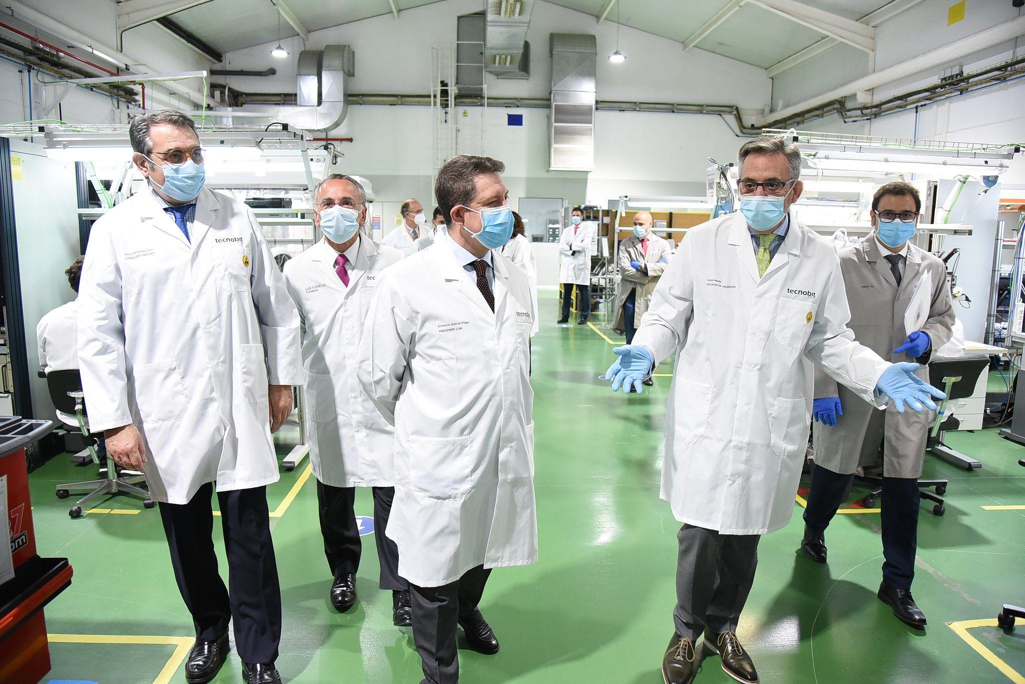 Page y Martín visitan la empresa Tecnobit, impulsora del Corredor Aéreo Sanitario