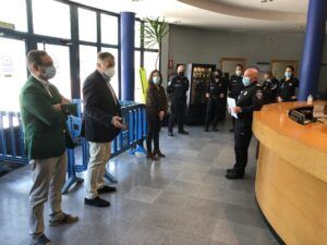 """Dolz agradece la """"gran tarea"""" realizada durante la pandemia sanitaria por Policía Local y Agentes de Movilidad"""