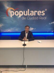 """Cañizares: """"Page practica la política del avestruz, no quiere escuchar a nadie y veta a la sociedad civil de Castilla-La Mancha"""""""