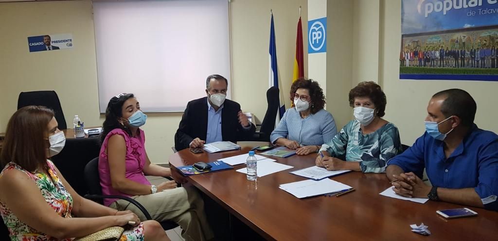 Gregorio destaca el apoyo del PP a las familias numerosas y la necesidad de apostar por nuevas medidas para ayudarlas