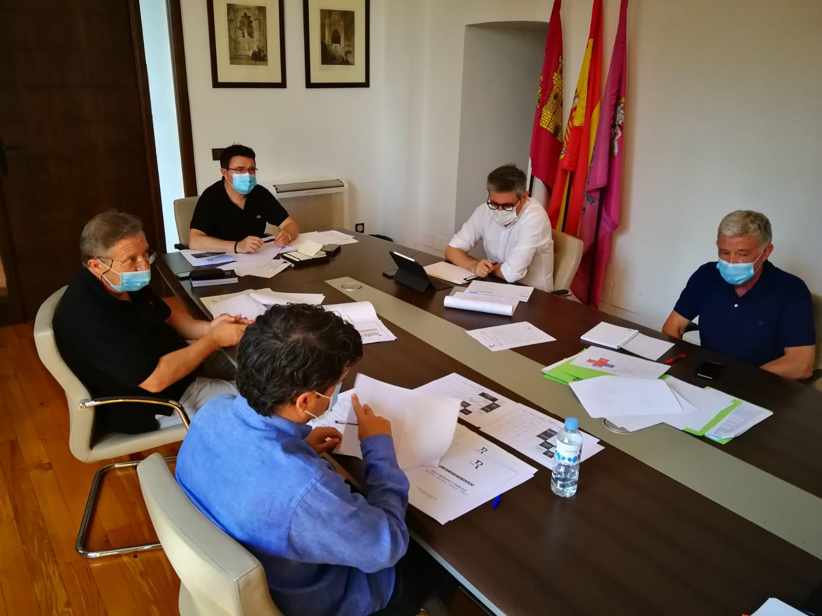 """El Teatro de Rojas trabaja ya en la nueva programación para afianzar la reactivación cultural de la ciudad """"con la máxima proyección"""""""