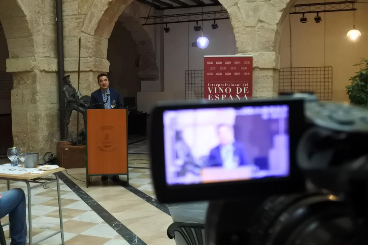 Castilla-La Mancha fomenta el consumo de vino y resalta las denominaciones de origen como proyectos colectivos que vertebran el territorio