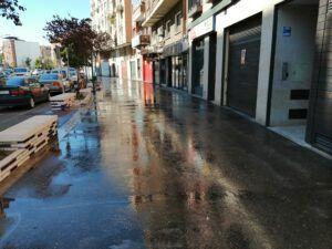 Denuncias por consumir alcohol en la vía pública o no llevar puesta la mascarilla en un fin de semana en el que se ha puesto en marcha el refuerzo para la desinfección de calles en Talavera