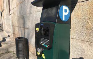 Las zonas azul y naranja de aparcamiento regulado por la ORA serán gratuitas las tardes de agosto a partir del próximo día 3