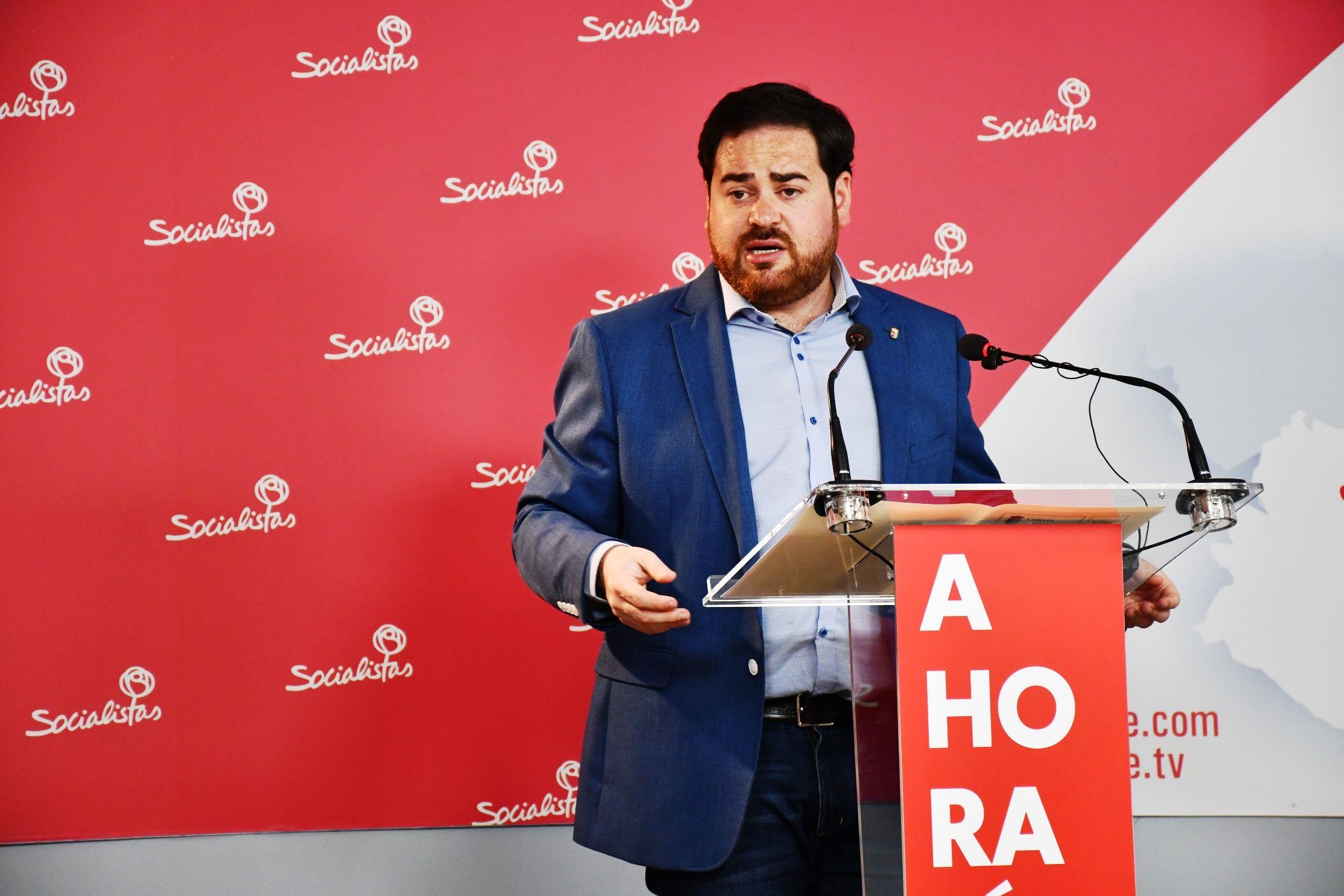 """Camacho: """"El Gobierno regional es ejemplo de compromiso con los ayuntamientos, especialmente con los más pequeños"""""""