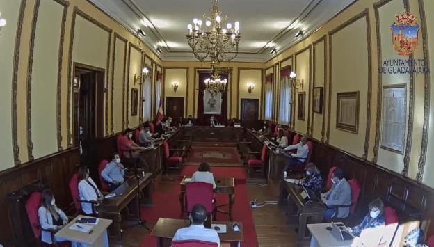 El alcalde Alberto Rojo permanece mudo ante la expropiación del Gobierno de los ahorros del Ayuntamiento de Guadalajara