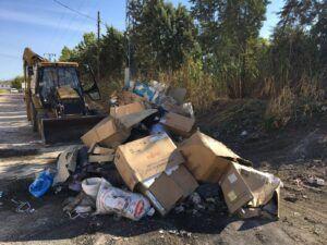 El Ayuntamiento recoge más de 50 toneladas de residuos y basura de diferentes vertederos incontrolados en zonas periurbanas de la ciudad a través de una acción extraordinaria