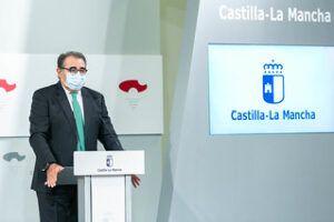 Castilla-La Mancha seguirá contando con los profesionales sanitarios contratados para vacaciones y pondrá en marcha un centro de llamadas para agilizar las citas telefónicas de Atención Primaria