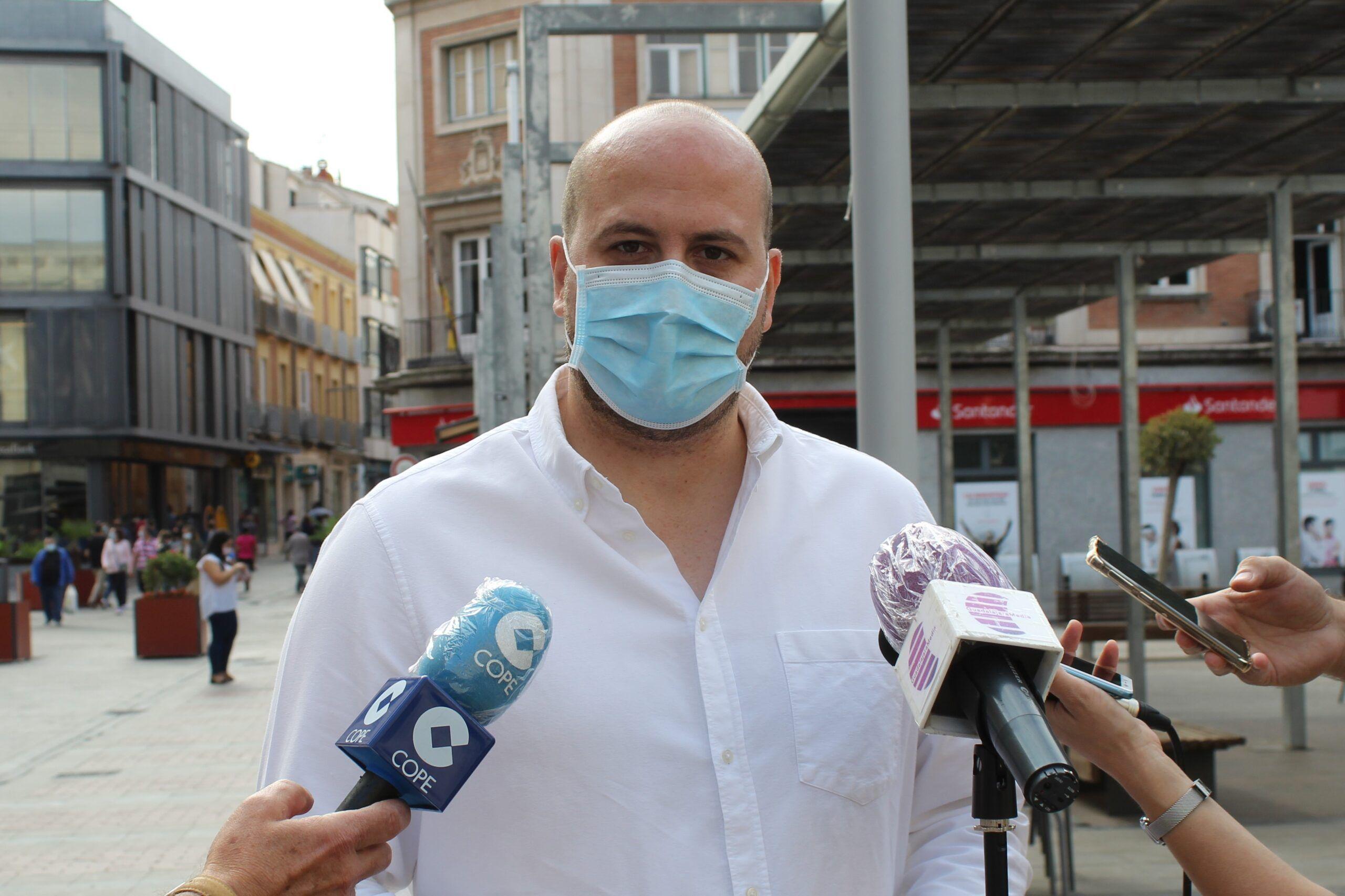 Castillo pide la dimisión del presidente de la FEMP nacional y que se reemplacen los vocales socialistas