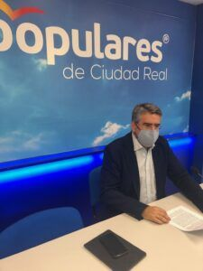 Con 230 fallecidos por cada 100.000 habitantes en la provincia, es imperdonable que el PSOE vuelva a decir que no a la instalación de las UCI e Valdepeñas, Manzanares y Tomelloso