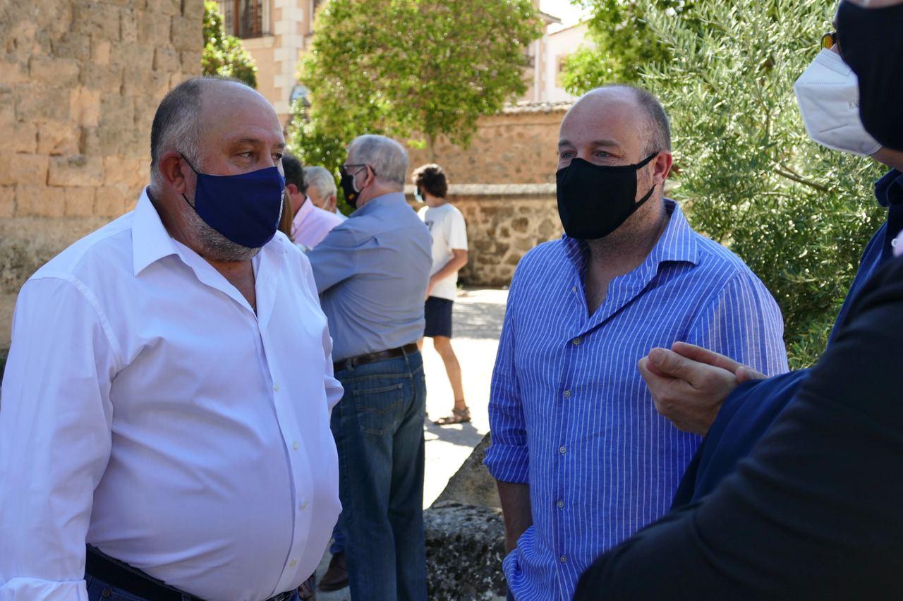 Ciudadanos ha asistido al homenaje por las víctimas de la Covid-19 en Valdeolivas