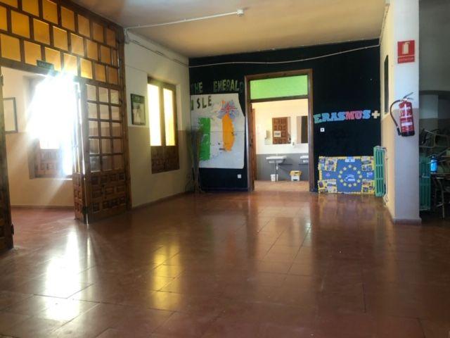 El Ayuntamiento destina 382.000 euros a reforzar la limpieza de los colegios de la capital durante el curso 2020-21