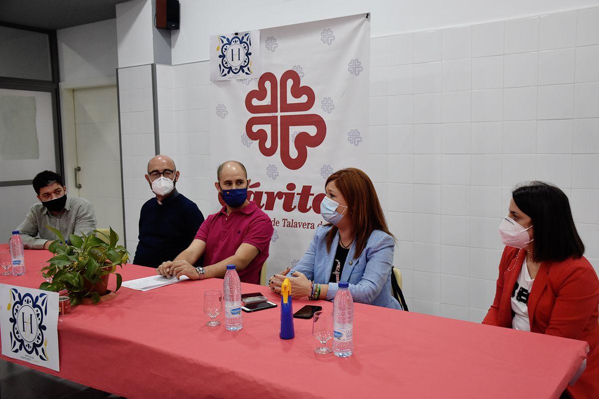 """El Ayuntamiento tiende la mano a la nueva 'Asociación de Hosteleros Talavera' """"para trabajar juntos por el sector y la ciudad"""""""
