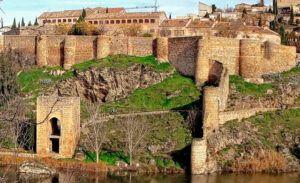 Toledo se suma al Día del Trastorno por Déficit de Atención e Hiperactividad e ilumina de naranja dos de sus monumentos