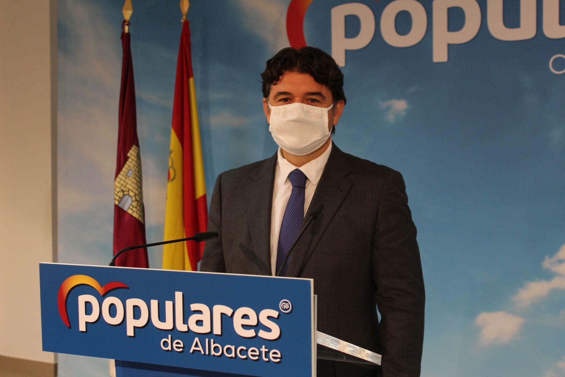 Navarro lamenta que los alcaldes de la región no esperan ya nada de García-Page para afrontar las dificultades sobrevenidas de la pandemia