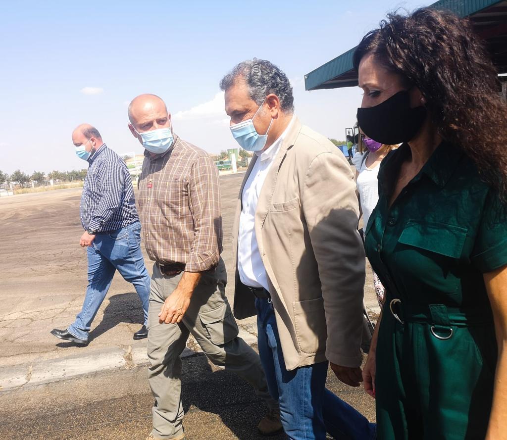 Miranda destaca el papel de las cooperativas en la defensa de los precios agrarios y reitera el compromiso del PSOE con el sector