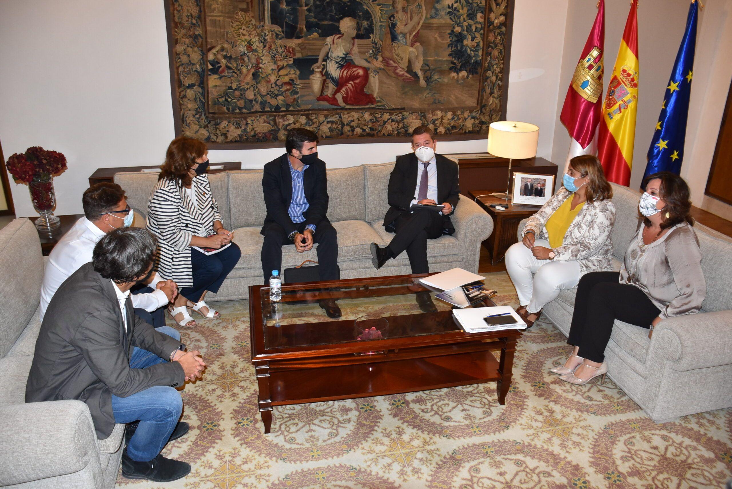 La alcaldesa de Talavera da a conocer la próxima implantación de una empresa relacionada con la economía circular y pone en valor la labor de acompañamiento de su Gobierno