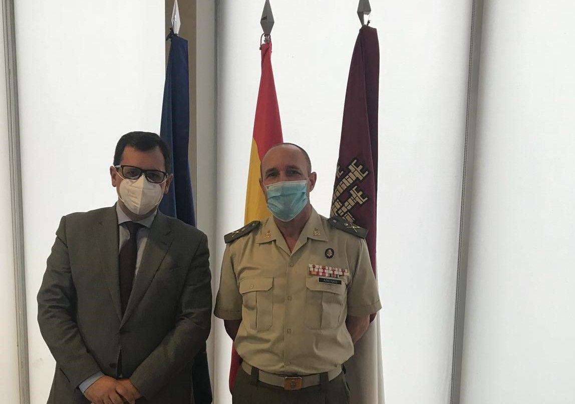 El Gobierno regional desea mucho éxito al nuevo director del Museo del Ejército y reafirma su disposición a mantener la colaboración existente entre ambas instituciones