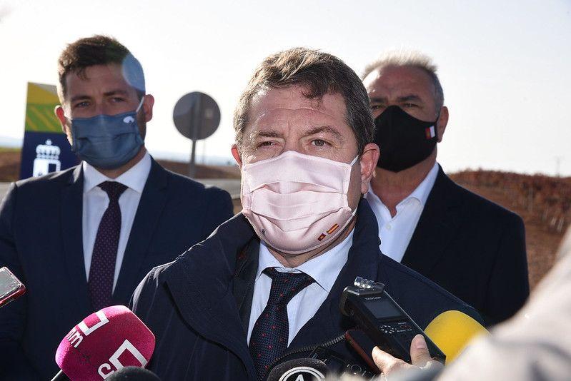 El presidente de Castilla-La Mancha invita a vacunarse de manera generalizada de la Covid por el bien propio y el de toda la sociedad
