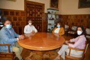 Álvaro Gutiérrez y Tita García Élez mantienen una reunión en la Diputación de Toledo