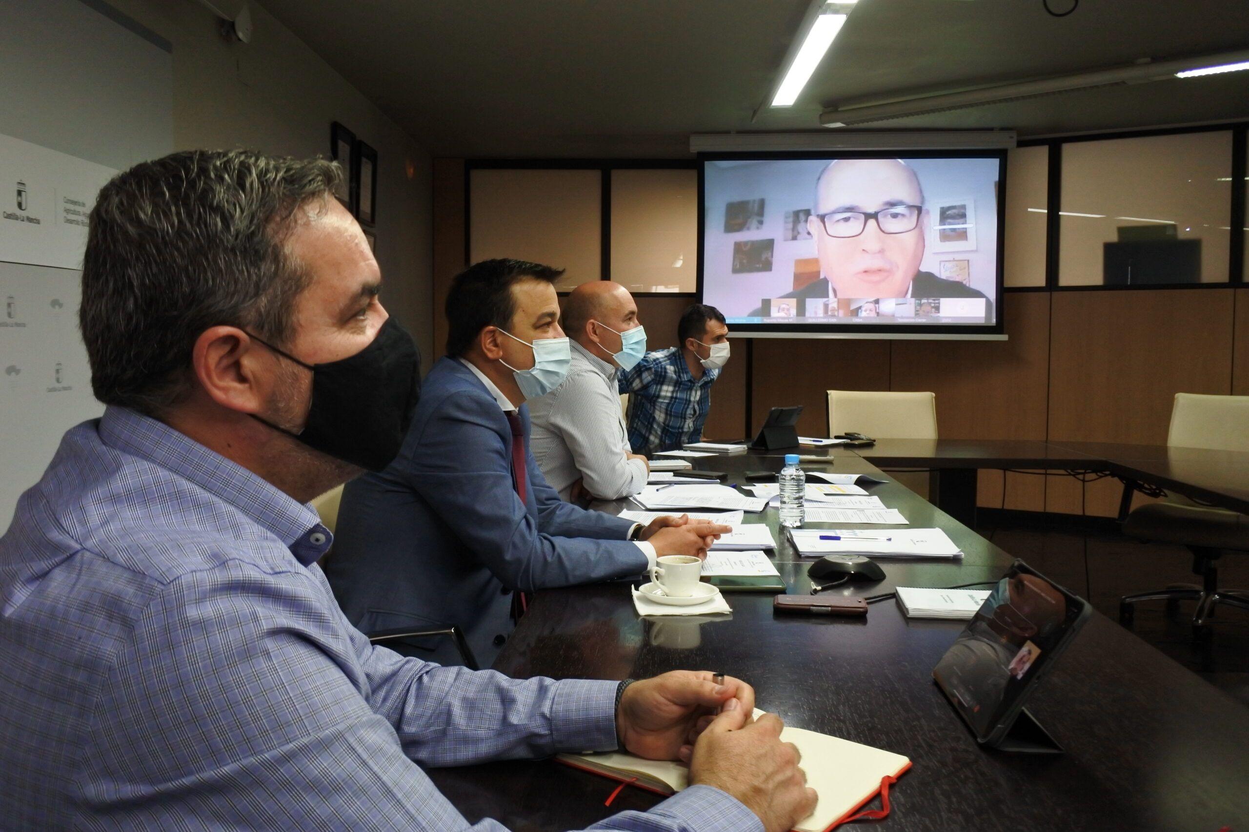 Martínez Arroyo felicita a la Federación de Regantes de Castilla-La Mancha por su inclusión en el registro regional de asociaciones para la defensa del agua